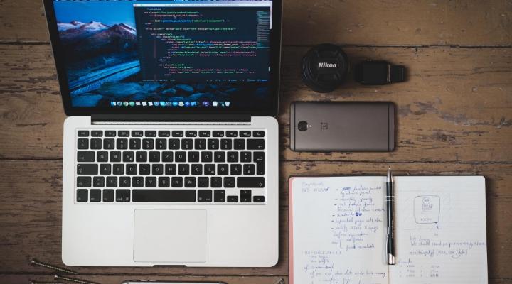 La differenza tra la scrittura sul web e la scrittura su carta